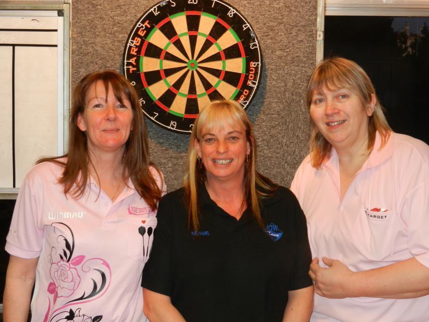 Ladies Pairs Winners Chrissie Kinniard & Merryl Dennis